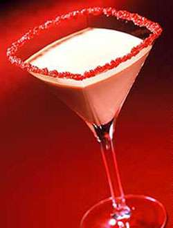 Creamy Kiss Martini Photo