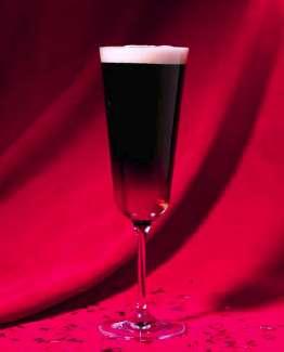 Guinness Black Velvet Cocktail Photo