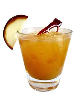 901 Cider with 901 Caramel Apple Cocktail Photo